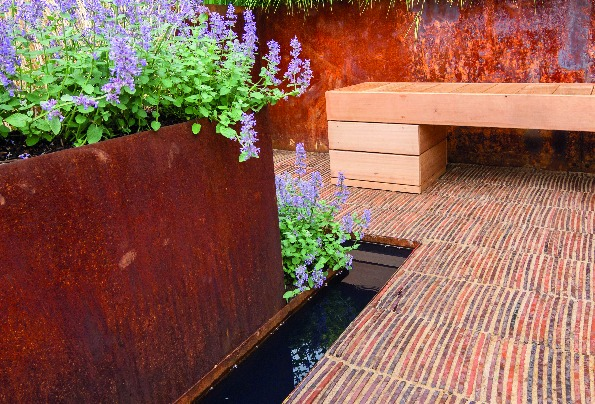 ProJoint V75-WT featured in RHS Tatton Park winning garden!
